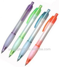 colorful click plastic ball pen / high quality soft rubber ball pen / color ball pen with soft rubber