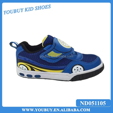 Mesh and light up running velcro basketball shoes/blue sport shoes for kids boys