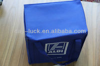 Portable polyester thermal insulated water drink cooler bag