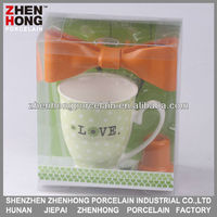Ceramic gift item with bottom opener for pormotion in a pvc box packing ZHA121172