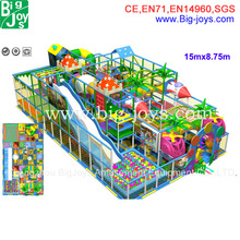 campo giochi per bambini al coperto, gigante disegno giungla parco giochi al coperto
