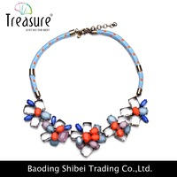 New model with high quality multicolor flower shaped rhinestone necklace with weave rope chain