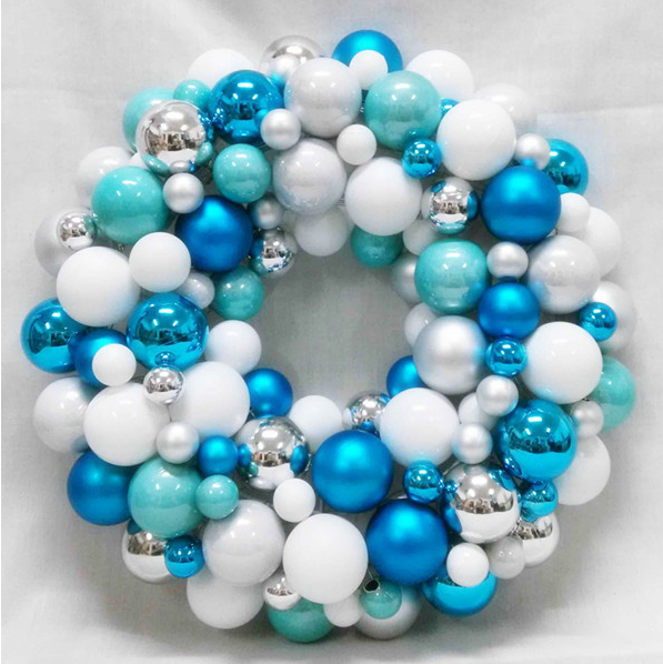 Plastic Ball Wreath Christmas Decoration - Buy Ball Wreath,Snowing Christmas ...