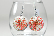 Red and White Dried Plant Real Flower Resin Earrings, Queen Anne's Lace Resin Real Pressed Flower Jewelry