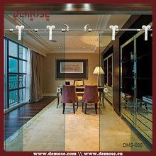 انزلاق الباب الزجاج الشفاف الحديثة لغرفة المعيشة