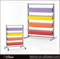 Metal carpet rolling display rack