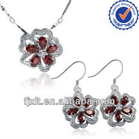 New Arrival Popular Design 925 Sterling Silver Natural Garnet Jewelry Sets