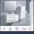 2015 Made in China courbe PVC conception de la porte de l'armoire MDF cadre conception d'armoires de cuisine pour évier