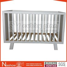 Cubby slope cot LMBC-071 wooden new born baby crib/baby bed/baby cot