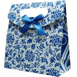 2014 New bowknot paper gift bag in China