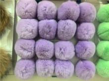 Novedad precio venta al por mayor tamaño grande bola de pelo de conejo / pompones para sombrero y decoración