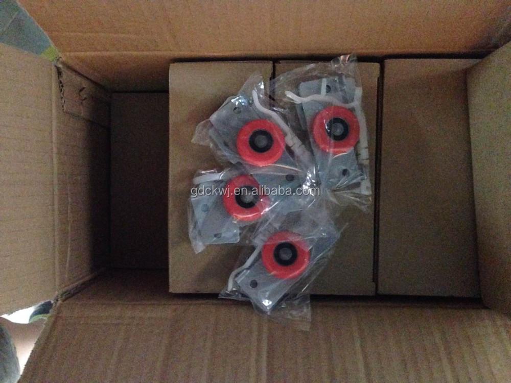 Deux trous roue rouge rouleaux de porte coulissante placard pour funiture glissi res de portes - Roue porte coulissante placard ...