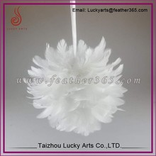 Taizhou lucky arts 12'' White Wedding Feather ball, feather ball decorations