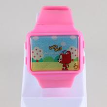 ผลิตภัณฑ์ใหม่นาฬิกาการ์ตูนตุ๊กตาบาร์บี้2014