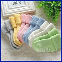 China suppliers 2015 cute design baby ribbed top skidders shoe socks