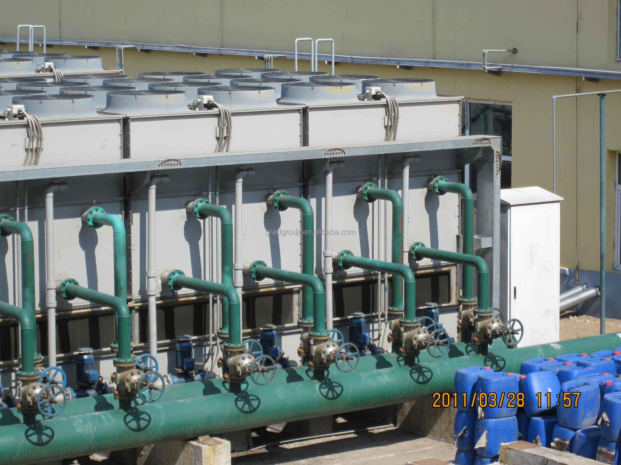 FRP closed circuit cooling tower