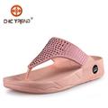 2015 Nuevos productos verano playa mujer venta al por mayor zapatillas PCU Venta popular chanclas ocio playa zapatillas zapatos plástico inflables