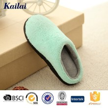 Faddish warm winter house flat shoes for women
