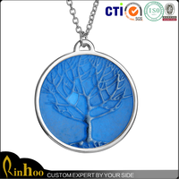 Hot sale cheap fashion glow fine necklaces jewelry with tree pattern