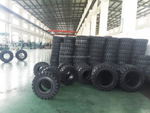 SOLID TYRE FOR FORKLIFT 28x9-15/7.0; 300-15/8.0