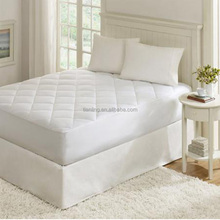 Hypoallergenic White Mattress Pad Box Quilted Mattress Protector