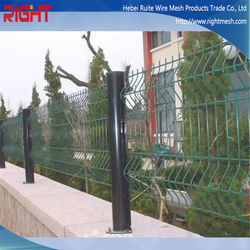 New Popular 3D Decorative Metal Garden Fencing, Triangle Metal Fence, Wire Mesh Fence