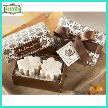 Hot sell maple leaf shape soap for wedding giveaway gift