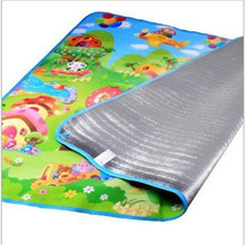 The picnic mat/EPE cushion that occupy the home /The baby play mat