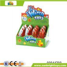 crecer en el agua del juguete de pescado