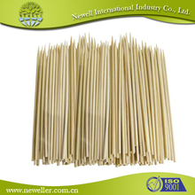 2015 Eco-friendly easy holding bamboo stick strong flexible china made natural round bamboo sticks