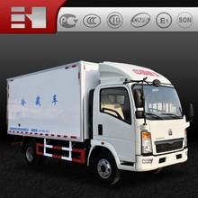 CNHTC HOWO white 4x2 Euro 4 refrigerator truck