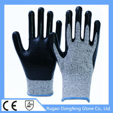 High Quality 13 Gauge nitrile coated cut resistant glove Level 5