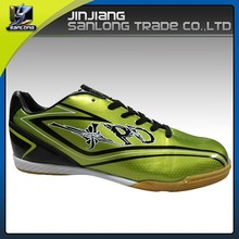 new model running cheap man soccer shoes with rubber sole