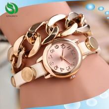 Fashion casual latest retro gold plated big bracelet chain rivet ladies watch