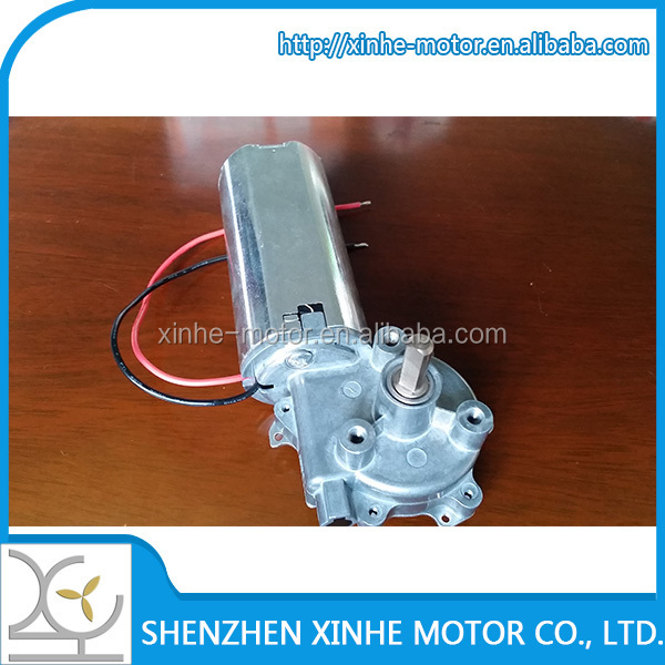 China Wholesale 20N.m 135rpm high torque 12v 18v 24v low noise dB30 worm gear motor used for Electric lifting tables and chair