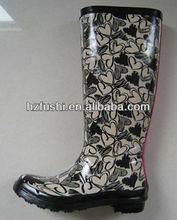 Hearts Patterned Rubber Hunting Boots for Women