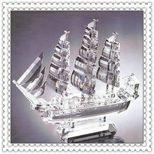 Advancing Transparent Faceted Crystal Sailing For Company Souvenir