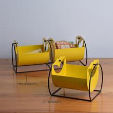 2015 metal sculpture in yellow, wholesale metal craft