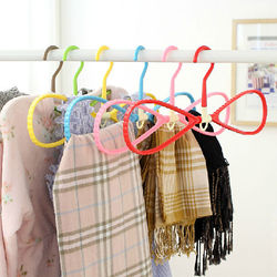 Beautiful Bow-knot Hanger for Scarf Clothes and Slippers, Multifunctional Clothes Rack