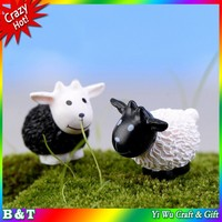 Animal doll micro landscape articles cartoon cute mini lambs Black and white home decoration goat