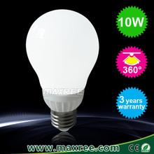 2015 hot ceramics CE RoHS certified 1000 lumen led bulb 10w, 360 degree e27 led globe bulb