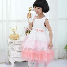 En solde! 2013 nouvelle mode gradins bouffi robe de princesse rose de filles