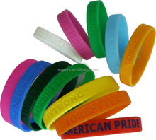 Promotional Fashion Carved Thin Rubber Bracelet Silicone Wristband Party Favors