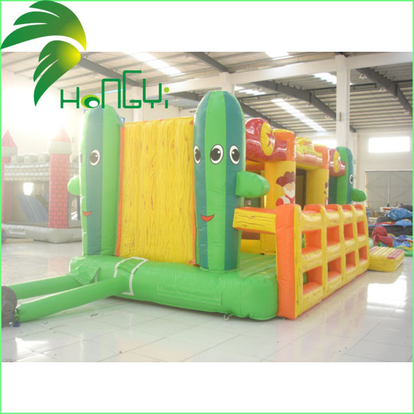 Inflatable Bouncer  Bouncer Castle4.jpg