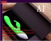 2015 hot selling Vibrating rabbit silicone dildo/female masturbation G-Spot vibrator