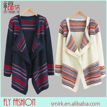 Venta al por mayor dc290#invierno géneros de punto suelto chaqueta de punto con rayas de navidad caliente suéter de las mujeres