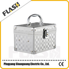 Aluminum Tool Cosmetic Case with Trolley for Wholesale
