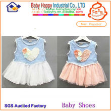 Chine fabricant gros 2013 nouveau design mode bébé robe