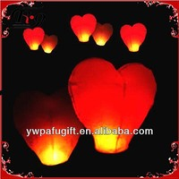 heart shape sky lanterns