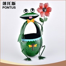 Fashionable design eco friendly recyclable animal shape cute iron trash can